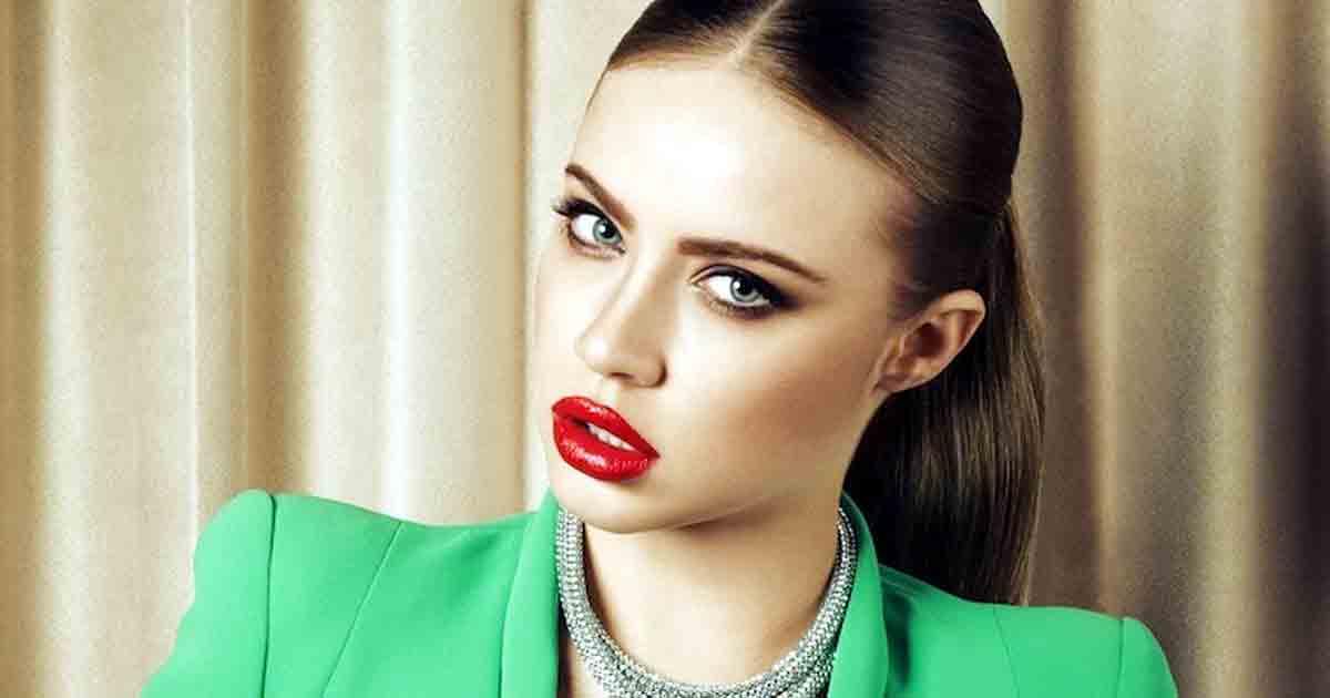 La modelo suiza Xenia Tchoumitcheva: 'Nunca he colgado una foto con intención de proyección pública'