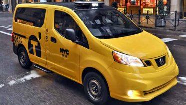 El taxi del futuro para Nueva York tiene techo de cristal para ver los edificios y tomas USB para cargar el smartphone o la tablet