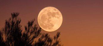 La noche del 5 de mayo, la Luna más grande de 2012
