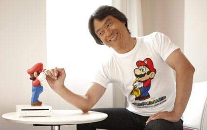 Miyamoto con Super Mario.