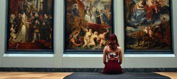 Quienes visitan museos tienen escaso interés por los deportes o la televisión