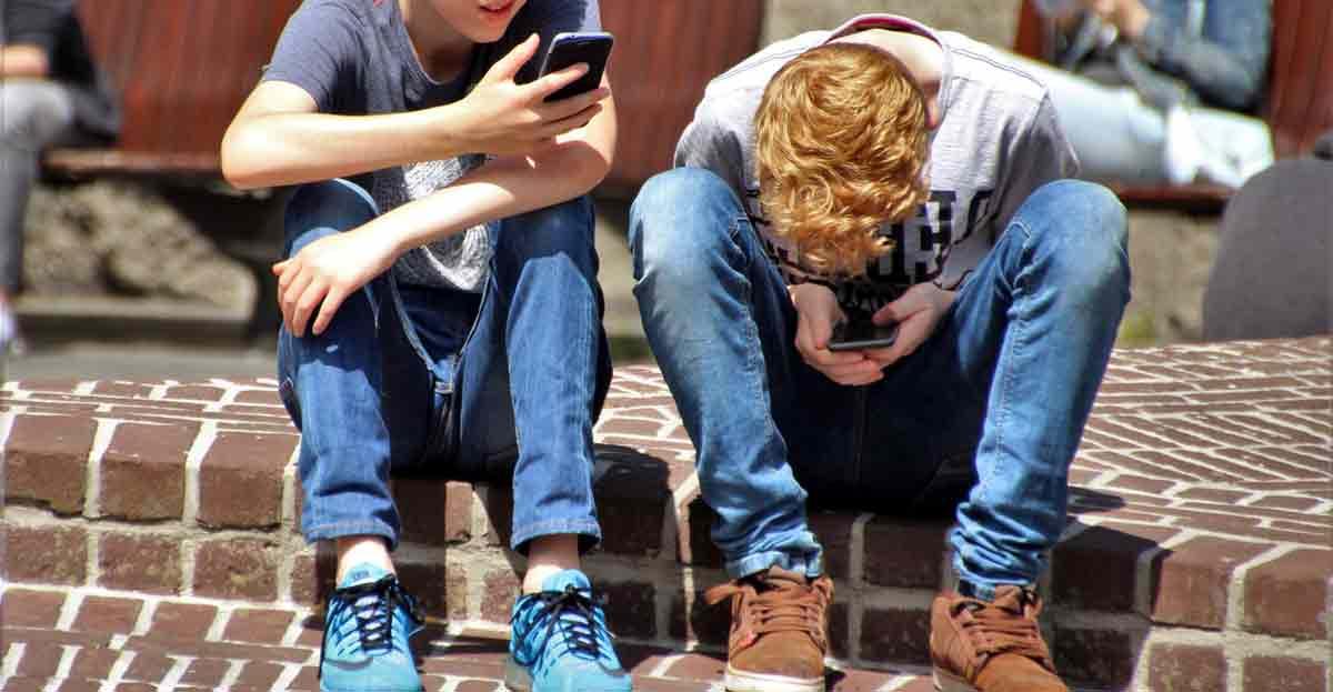 Consejos para ser una madre 3.0 y enseñar a los hijos cómo actuar en Internet