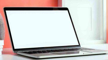Una investigación para seguir una falsa avería de un ordenador portátil desvela que se llega a cobrar hasta 138 euros por poco más que conectar un cable suelto