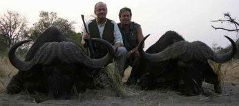 La revista 'Vanity Fair' cuenta lo que nadie ha contado del viaje del Rey a Botsuana y su 'misteriosa amiga Corinna'