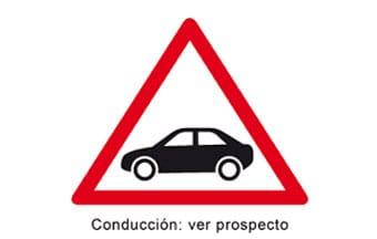 Señal de aviso de no conducir ante determinados medicamentos.