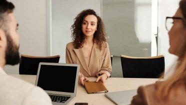 Las empresas buscan al trabajador perfecto y valoran más la experiencia que la formación