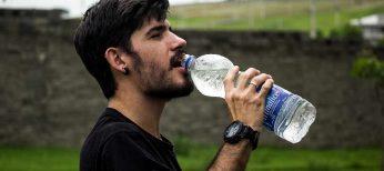 En verano hay que beber 3 litros de agua al día