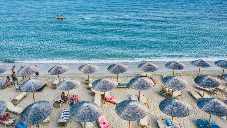 Seis de cada diez trabajadores asegura que su jefe espera que esté disponible durante sus vacaciones