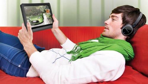Un usuario compra online un juego en Google Play.