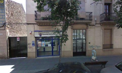 Administración de lotería de Mollet del Vallés donde se ha repartido el bote de 100 millones del Euromillones.