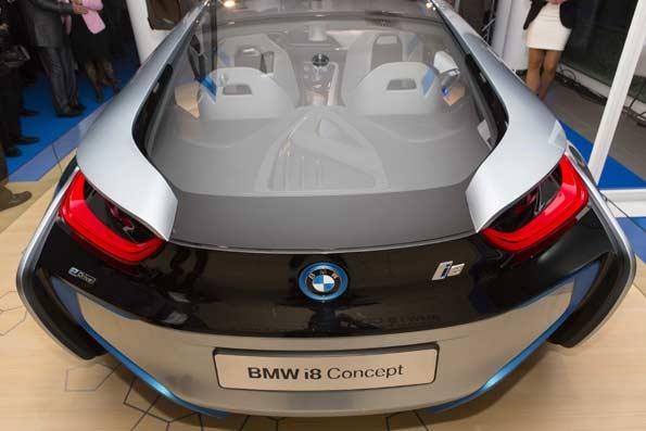 Parte trasera del BMW i8, el concept del futuro de BMW.