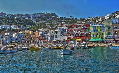 La tan de moda isla de Capri, en el Mediterráneo.