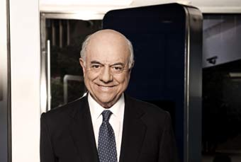 Francisco González, presidente de BBVA, deberá acudir a juicio por una demanda personal por cobrar intereses del 29%.