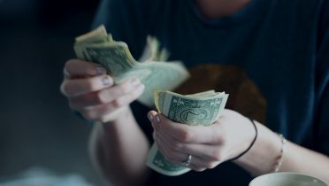 Los funcionarios de baja sólo cobrarán el 50% del sueldo los tres primeros días
