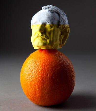 Busto humano creado con una impresora 3D a color.