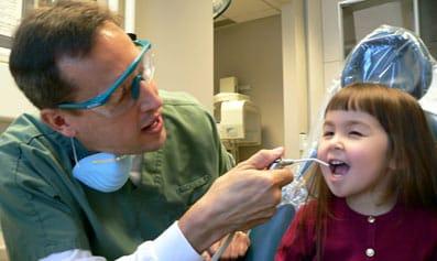 Comparar los precios y presupuestos de los dentistas es más fácila con el nuevo comparador de precios.
