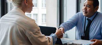 Buscar trabajo o escuchar ofertas no es deslealtad si se trabaja con profesionalidad hasta el último día