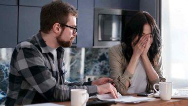 Perfil de los deudores: 'sinceros' si son familias e 'insolventes' si son empresas