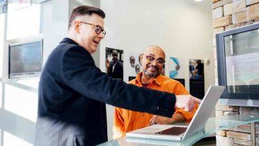 Comerciales o informáticos: Se buscan profesionales cualificados de ventas y programación