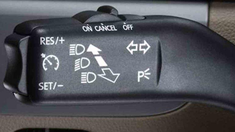El control automático de velocidad, la innovación tecnológica para coches que más gusta