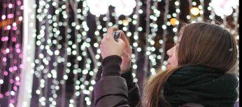 El alumbrado navideño se vuelve más eficiente, pero continúa encendido durante una media de 34 días