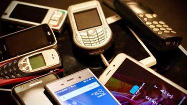 Con el fin de los teléfonos móviles gratis de regalo, gastamos una media de 100 euros en comprar uno nuevo