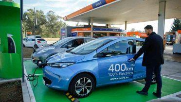 Gasolinera autosuficiente para recargar coches eléctricos