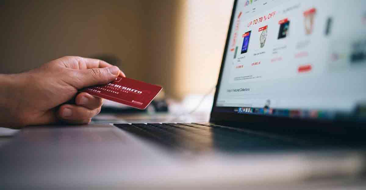 La crisis optimiza la compra y gastamos 1.300 euros menos que antes de la crisis