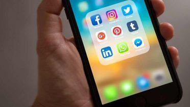 Busca trabajo lanzándote a las redes sociales