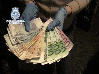 Dinero procedentes de robos en chalés en los alrededores de Valencia.