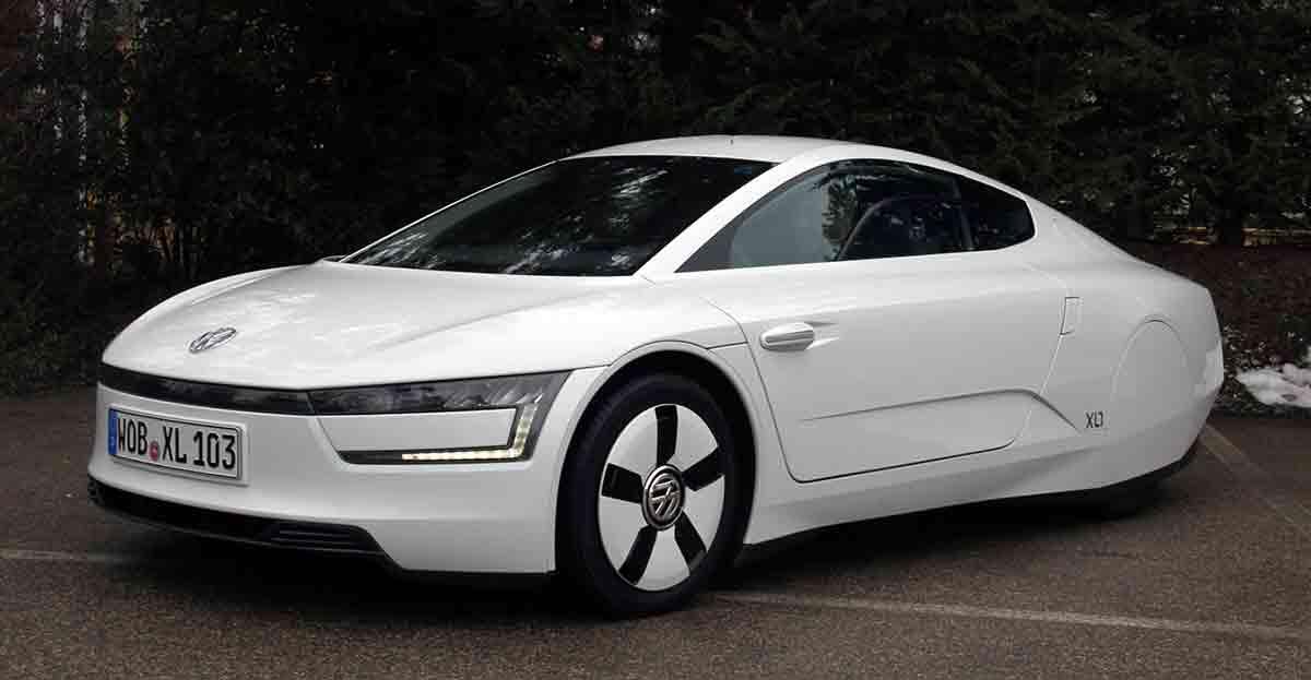 El coche del futuro se acerca con el XL1 que gastará menos de un litro