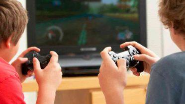 Niños disléxicos mejoran la lectura jugando a videojuegos