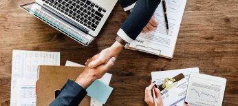 Se buscan 120 licenciados en ADE Económicas sin experiencia para trabajar en banca