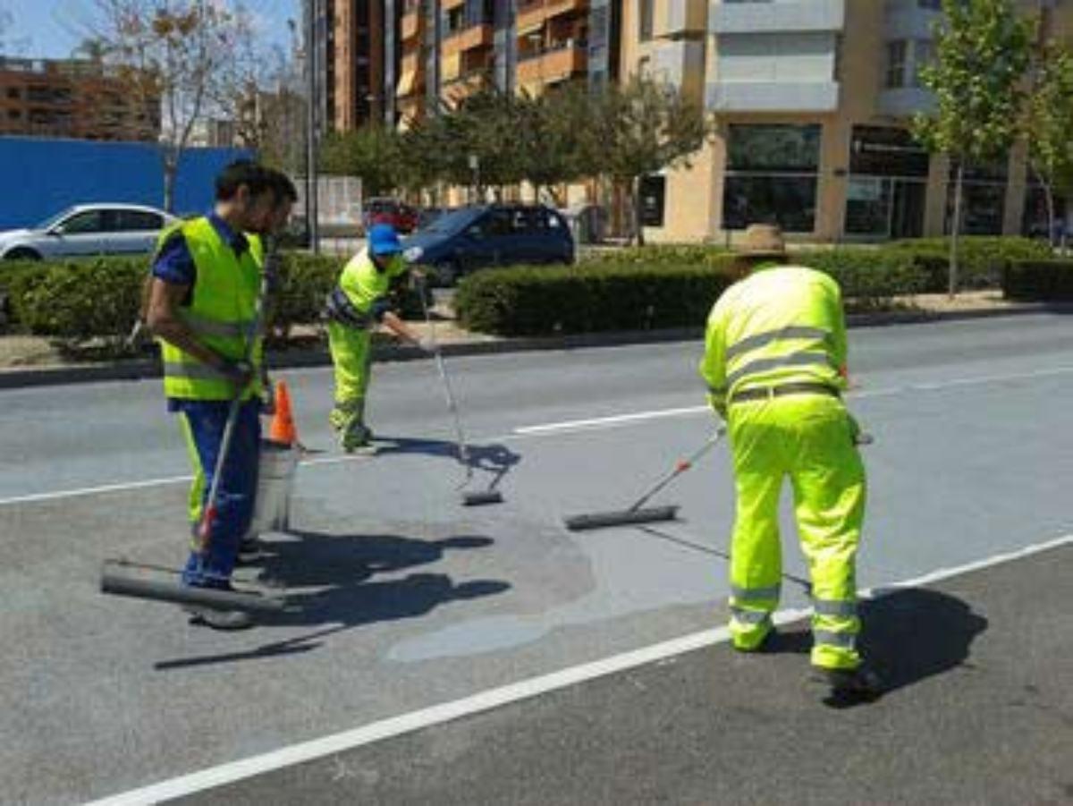 El producto de metacrilato que mejora la adherencia de la carretera.