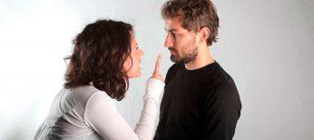Los hombres prefieren de las mujeres voces agudas y ellas las graves