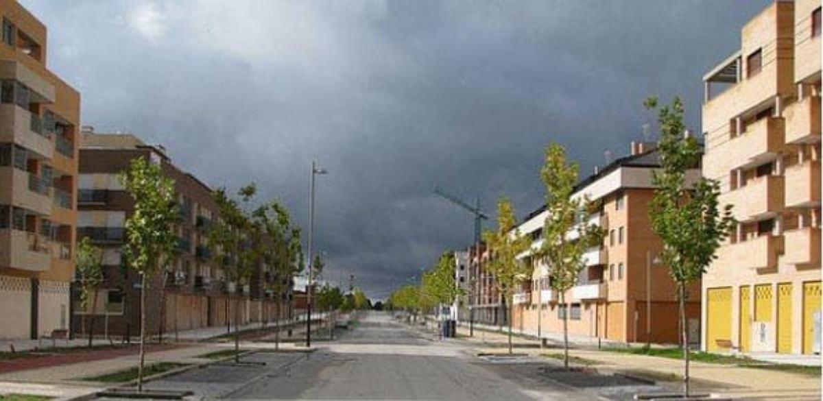 Calle de viviendas vacías en Yebes, en Guadalajara.
