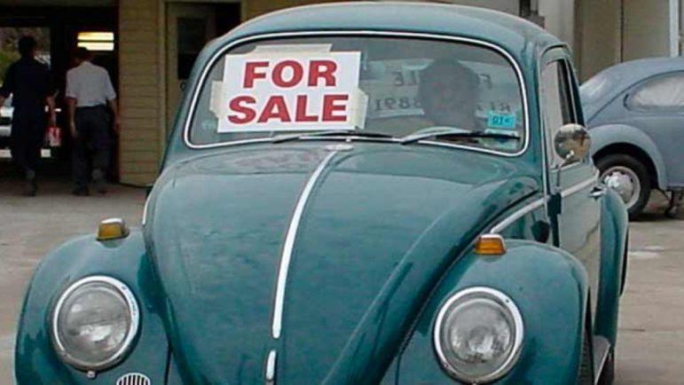 Siete de cada 10 españoles prefieren comprar coche usado y más de la mitad pasa las revisiones en talleres no oficiales