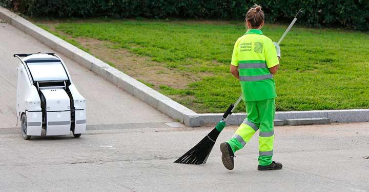Robots que limpian las calles, una realidad