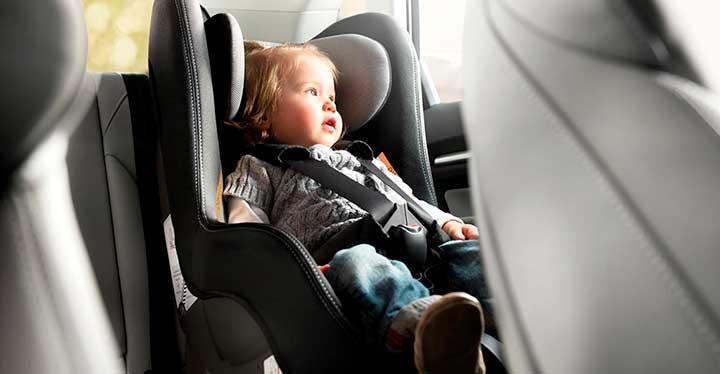 Las mejores sillas de niños para el coche: Peg Perego Primo Viaggio con Isofix y la Kiddy Phoenix Pro