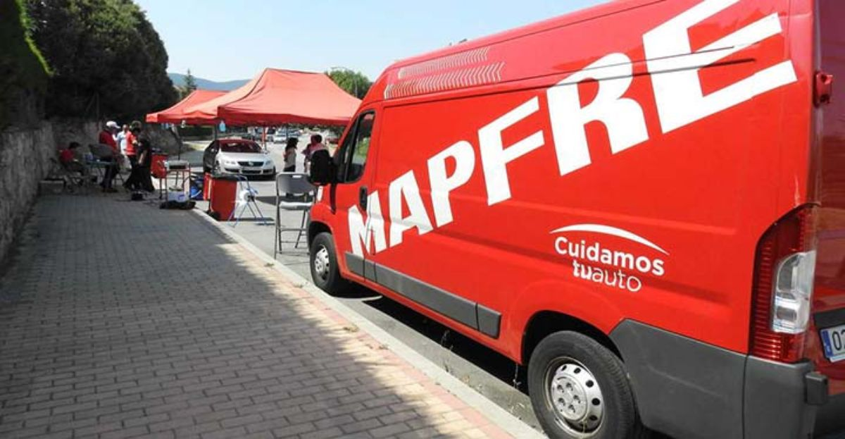 Mapfre hará revisiones de coches gratis a no asegurados