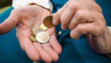 La Seguridad Social no tiene dinero para pagar la extra de las pensiones de junio y tiene que tirar de la 'hucha'