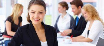 Tras la selectividad, trabajos para jóvenes sin experiencia