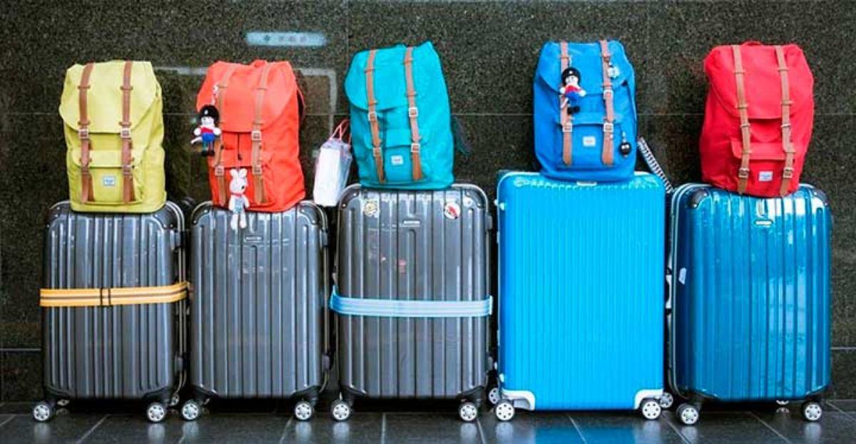 Lo que cobran por las maletas compañías low cost como Air Berlin, Easyjet, Iberia Express, Ryanair o Vueling