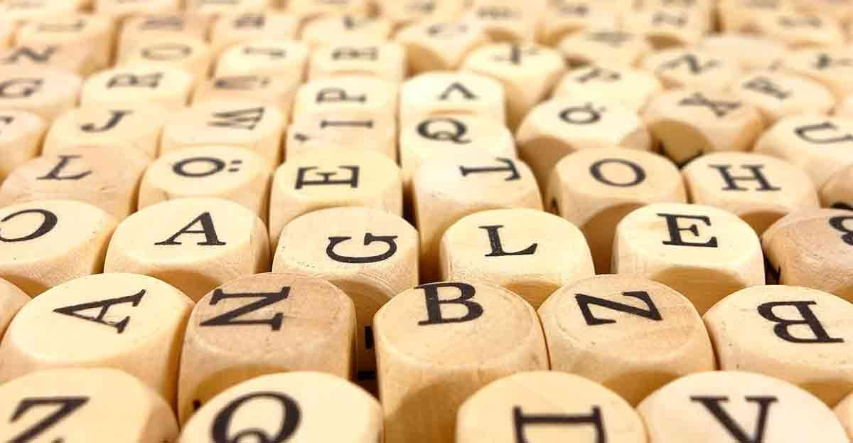 La importancia de la ortografía en las redes sociales al buscar trabajo