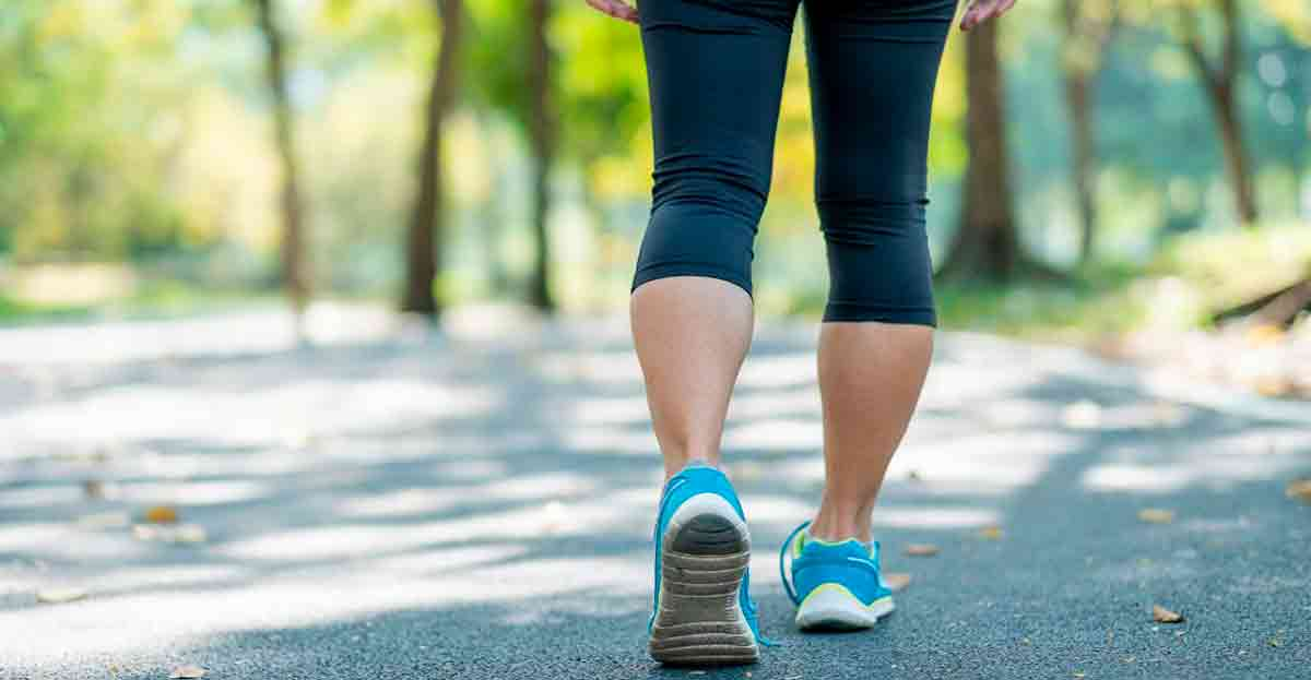Caminar 30 minutos al día alarga la vida