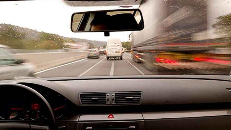 104 bajas laborales diarias por accidentes in itinere de casa al trabajo en coche o a la vuelta