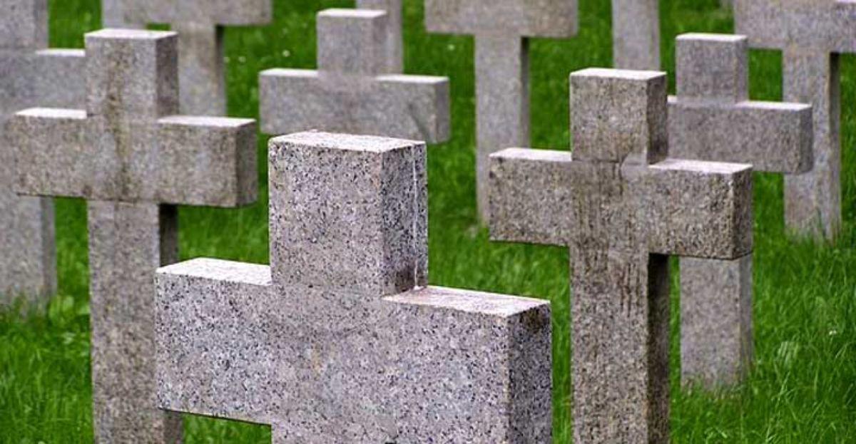 cementerio-tumbas