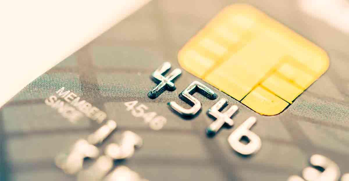 Conoce los bancos que mantienen 35 cláusulas abusivas, sobre todo en tarjetas