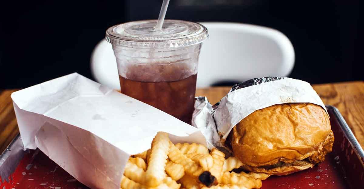 Las personas con obesidad comen más cuando se estresan