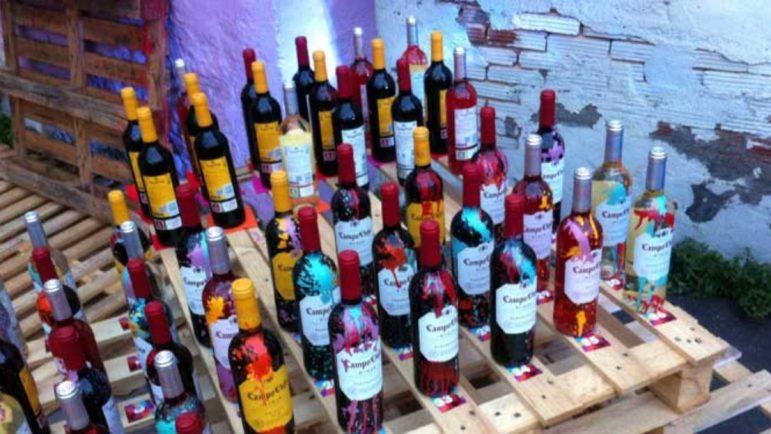 Botellas del Rioja de marca Campo Viejo.